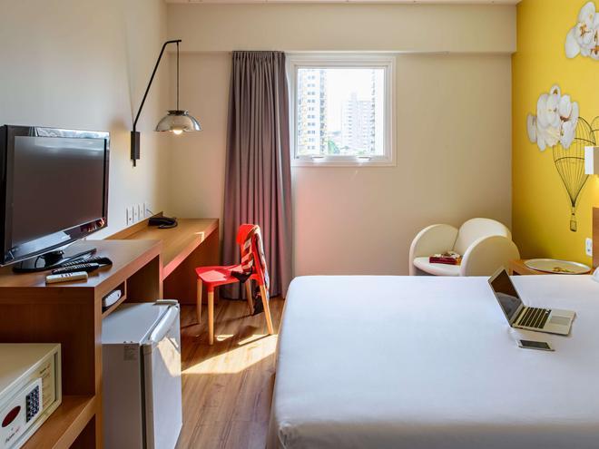 阿科巴烏魯酒店 - 巴烏魯 - 包魯 - 臥室