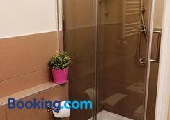 B&B Donna Adelina - Naples - Bathroom