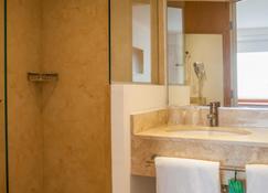 One Coatzacoalcos Forum - Coatzacoalcos - Bathroom