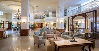 Aquamare Beach Hotel & Spa - Paphos - Lobby