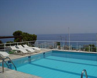 Galini Hotel - Агія Марина - Басейн