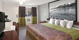 東坎盧普斯速 8 酒店 - 坎盧普斯 - 坎盧普斯 - 臥室