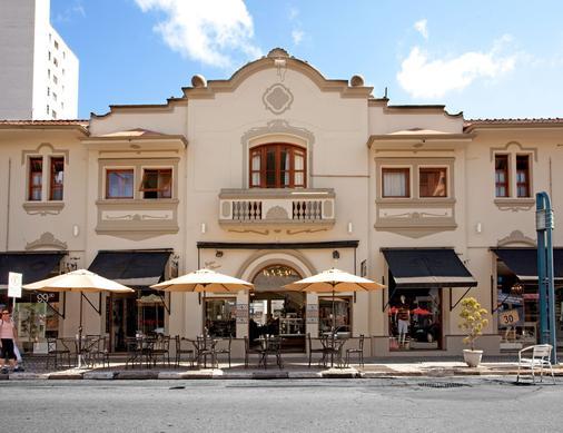咖啡廳旅館 - 波蘇斯-迪卡爾達斯 - 波蘇斯卡爾達斯 - 建築