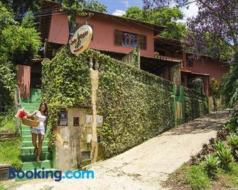 Suites Caipira Vale das Videiras - Paty do Alferes - Gebäude