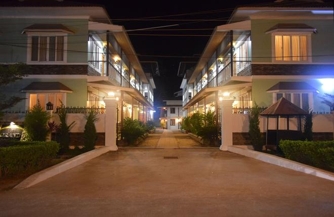 Westay @ The Grand Nyaung Shwe, Inle Lake. - Nyaungshwe - Building