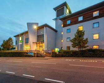 Holiday Inn Express Walsall M6J10 - Уолсолл - Будівля