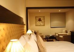 Grand Hotel Beirut - Beirut - Bedroom