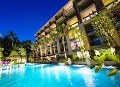 Novotel Phuket Kata Avista Resort And Spa - Karon - Piscina