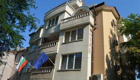 Bon Bon Hotel - Sofia - Building