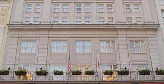 Crowne Plaza New Orleans French Quarter - Nova Orleães - Sala de estar