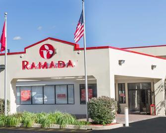 Ramada by Wyndham Yonkers - Йонкерс - Building