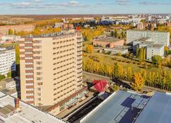 Azimut Hotel Penza - Penza - Bâtiment
