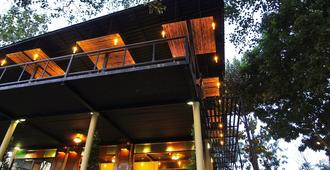 Boutique Raft Resort - Sai Yok - Building