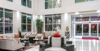 Hawthorn Suites by Wyndham McAllen - McAllen - Lobby