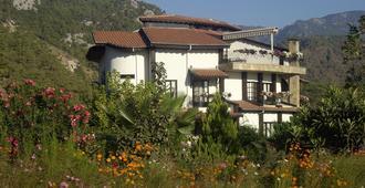 Anatolia Resort - צ'יראלי - בניין