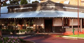 Rose & Crown Hotel - Perth