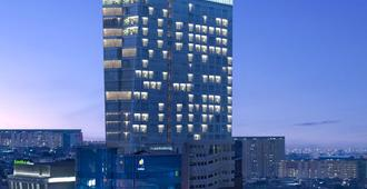 Hotel Santika Premiere Hayam Wuruk - ג'קרטה - בניין