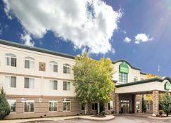 Wingate by Wyndham Missoula Airport - Missoula - Edificio