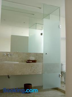 Lombardo Suites - Mexico City - Bathroom