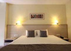 Hotel Savoy - Timisoara - Habitación