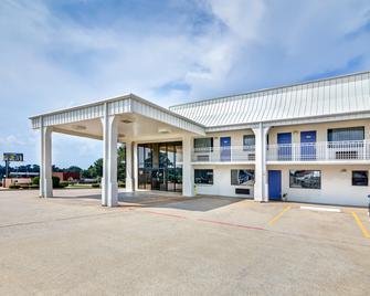 Motel 6 Lindale, TX - Lindale - Gebouw