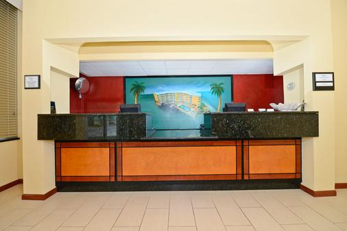 Daytona Beach Shores Hotel - Daytona Beach - Front desk