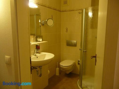 Hotel Land-gut-Hotel Schenkenberger Hof - Delitzsch - Bathroom