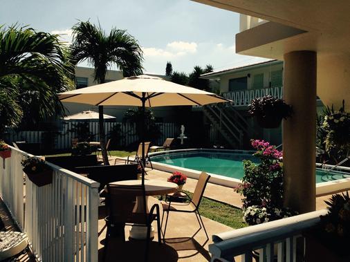 Deerfield Beach Resort - Deerfield Beach - Pool