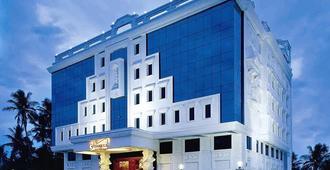 Hotel Annamalai International - פונדיצ'רי