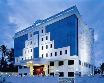Hotel Annamalai International - Puducherry - Building