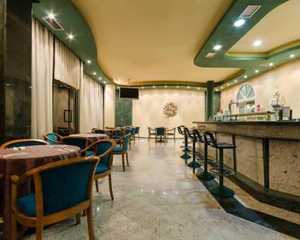 Checkin Madrid Parla - Parla - Restaurant