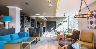 Holiday Inn Southampton - סאות'האמפטון - טרקלין