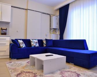Bulut Apart Otel - Малатя - Living room