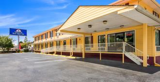 Americas Best Value Inn - Clayton - Clayton - Gebäude