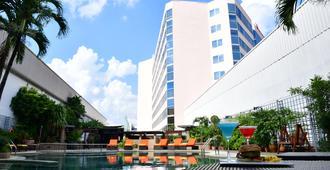 盛泰樂烏隆酒店及會展中心 - 烏隆他尼