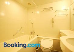 President Hotel Mito - Mito - Bathroom