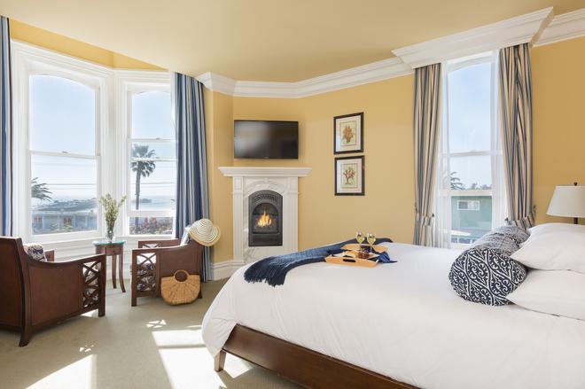 West Cliff Inn - A Four Sisters Inn - Santa Cruz - Bedroom