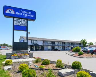 Canadas Best Value Inn St. Catharines - St. Catharines - Gebäude