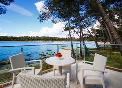 Crvena Luka Resort - Biograd na Moru - Hàng hiên