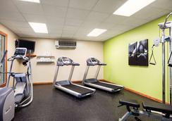 Country Inn & Suites by Radisson, Ithaca, NY - Ithaca - Gym