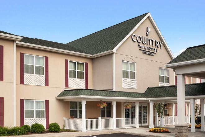 Country Inn & Suites by Radisson, Ithaca, NY - Ithaca - Rakennus