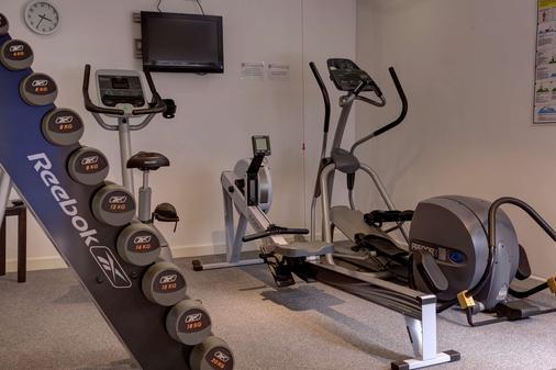 Best Western Lichfield City Centre The George Hotel - Lichfield - Fitnessbereich