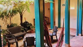 Rest House San Moritz Bogotá - Bogotá - Patio