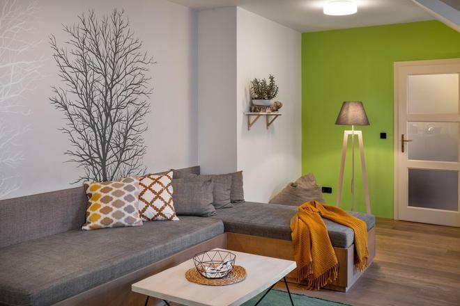 布拉格四棵樹公寓式酒店 - 布拉格 - 客廳