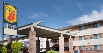 Super 8 by Wyndham Grand Junction Colorado - גרנד ג'אנקשן