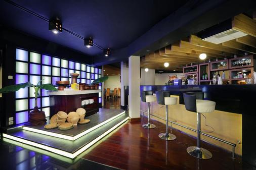 阿斯頓拉蘇娜酒店 - 雅加達 - 雅加達 - 酒吧