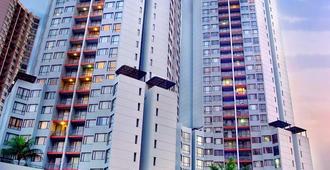 Horison Suites & Residences Rasuna Jakarta - Τζακάρτα - Κτίριο