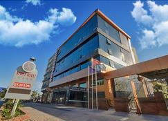 Sedef Otel - Adana - Building