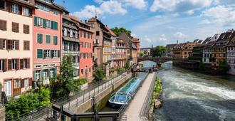 Hôtel & Spa Régent Petite France - Straßburg - Schlafzimmer