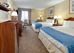 Travelodge by Wyndham Texarkana AR - Texarkana - Bedroom